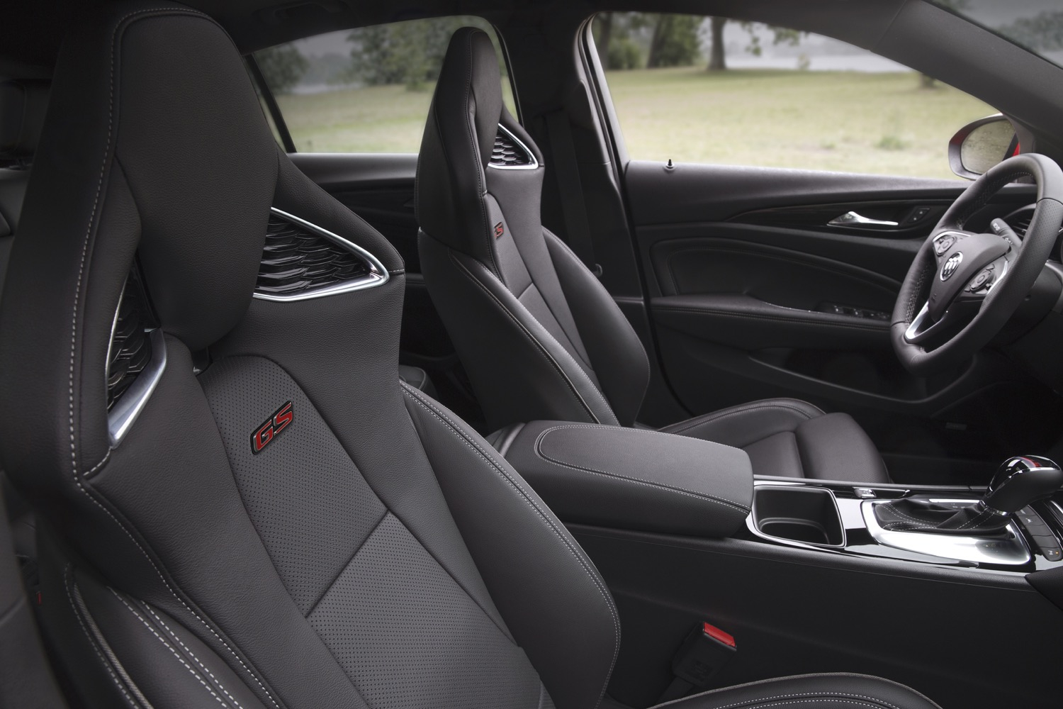 2018 Buick Regal Interior Colors | Gm Authority New 2021 Buick Regal Sportback Interior, Awd, Colors
