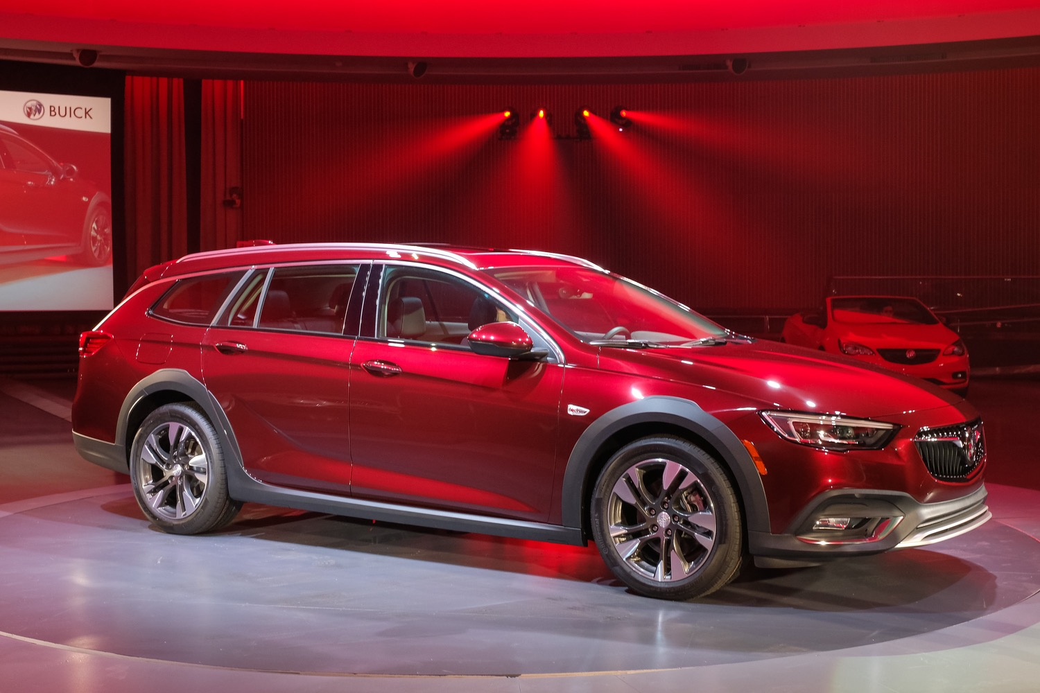 2018 Buick Regal Tourx Wagon | Gm Authority 2022 Buick Regal Tourx Accessories, Changes, Release Date