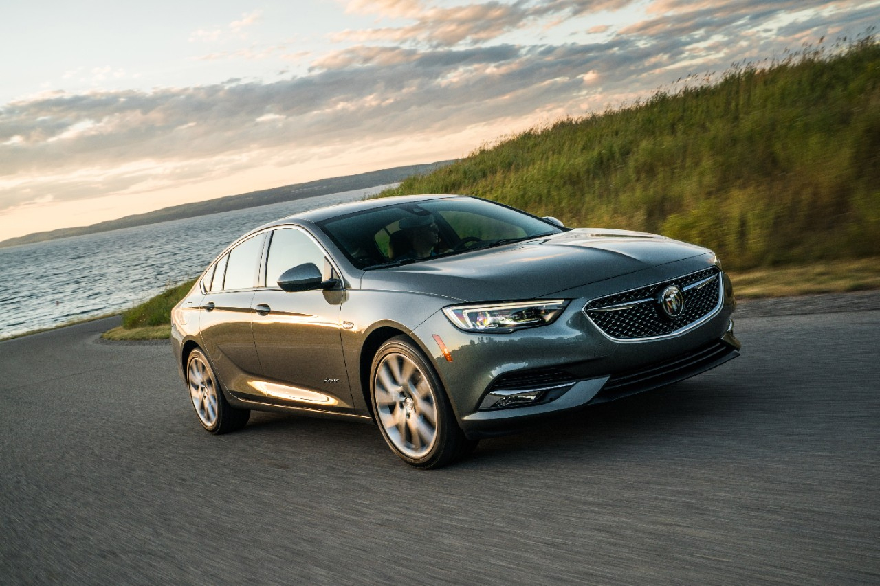 2020 Buick Regal Sportback: Here's What's New And Different New 2022 Buick Regal Sportback Engine, Preferred, Pics