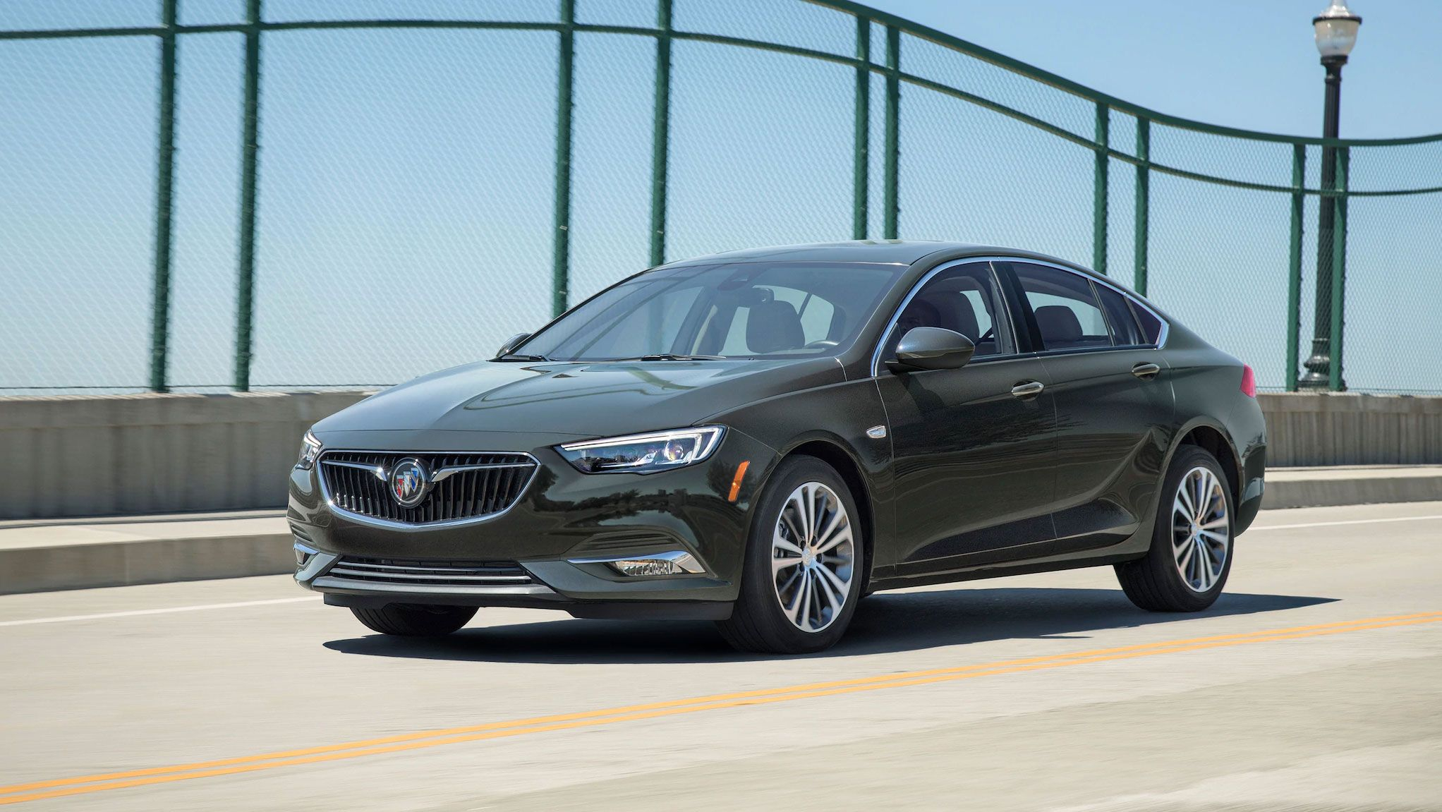 2020 Buick Regal Sportback Review, Pricing, And Specs New 2021 Buick Regal Sportback Review, Price, 0-60