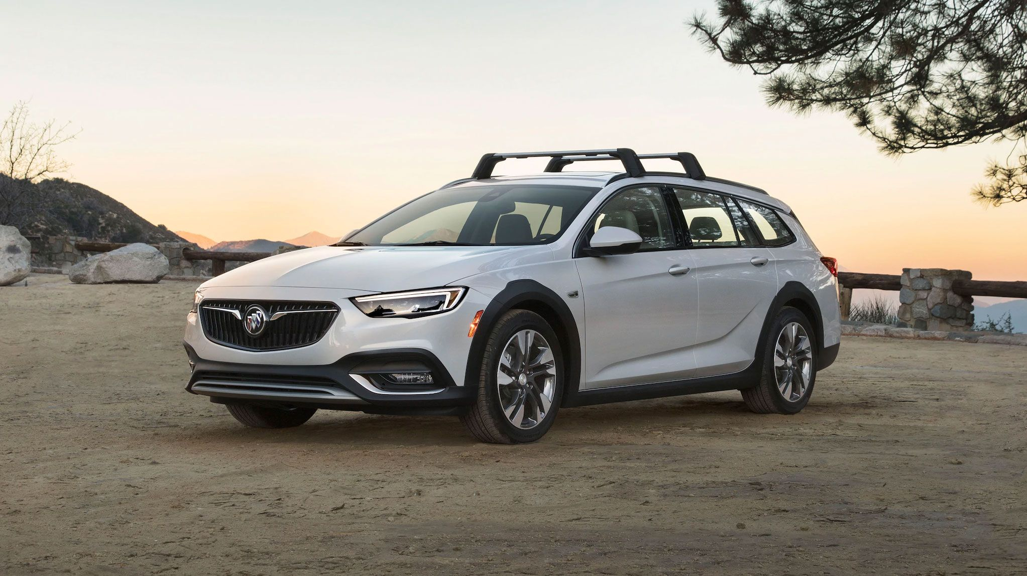 2020 Buick Regal Tourx Review, Pricing, And Specs 2021 Buick Regal Tourx Interior, Brochure, Preferred