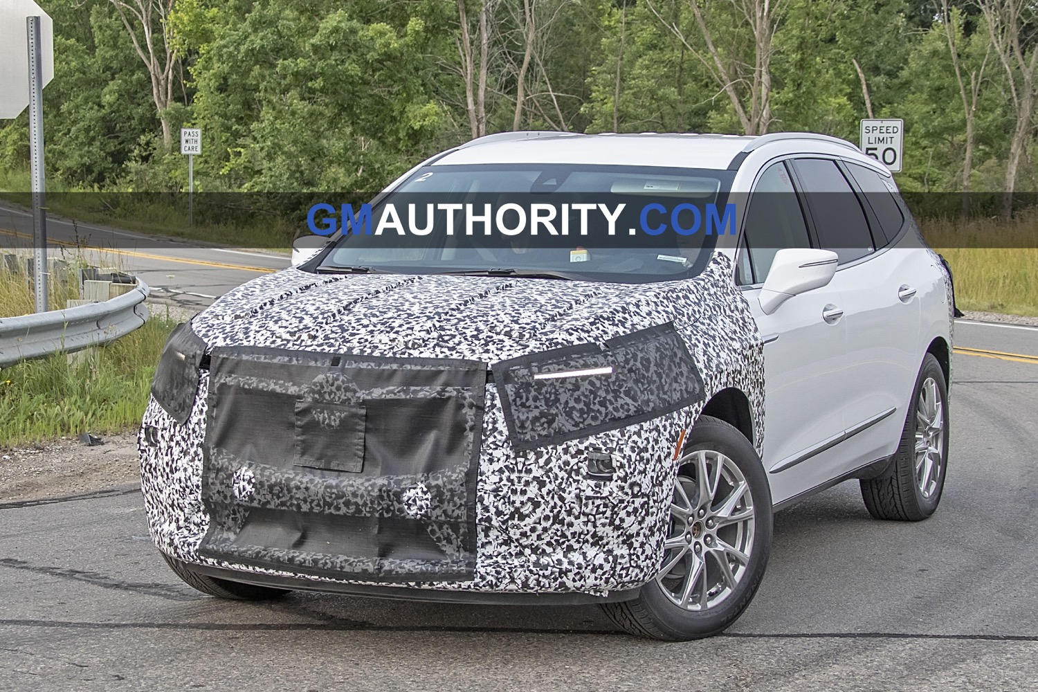 Buick Enclave Refresh Spied Testing For The First Time | Gm New 2022 Buick Enclave Pictures, Packages, Reliability