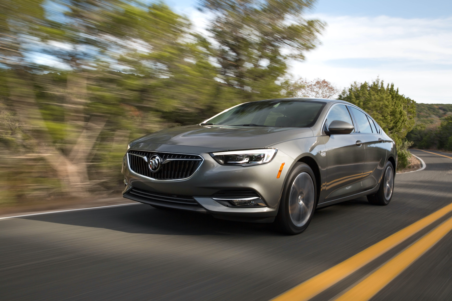 Buick Regal Won't Return For 2021 2021 Buick Regal Interior, Inventory, Images