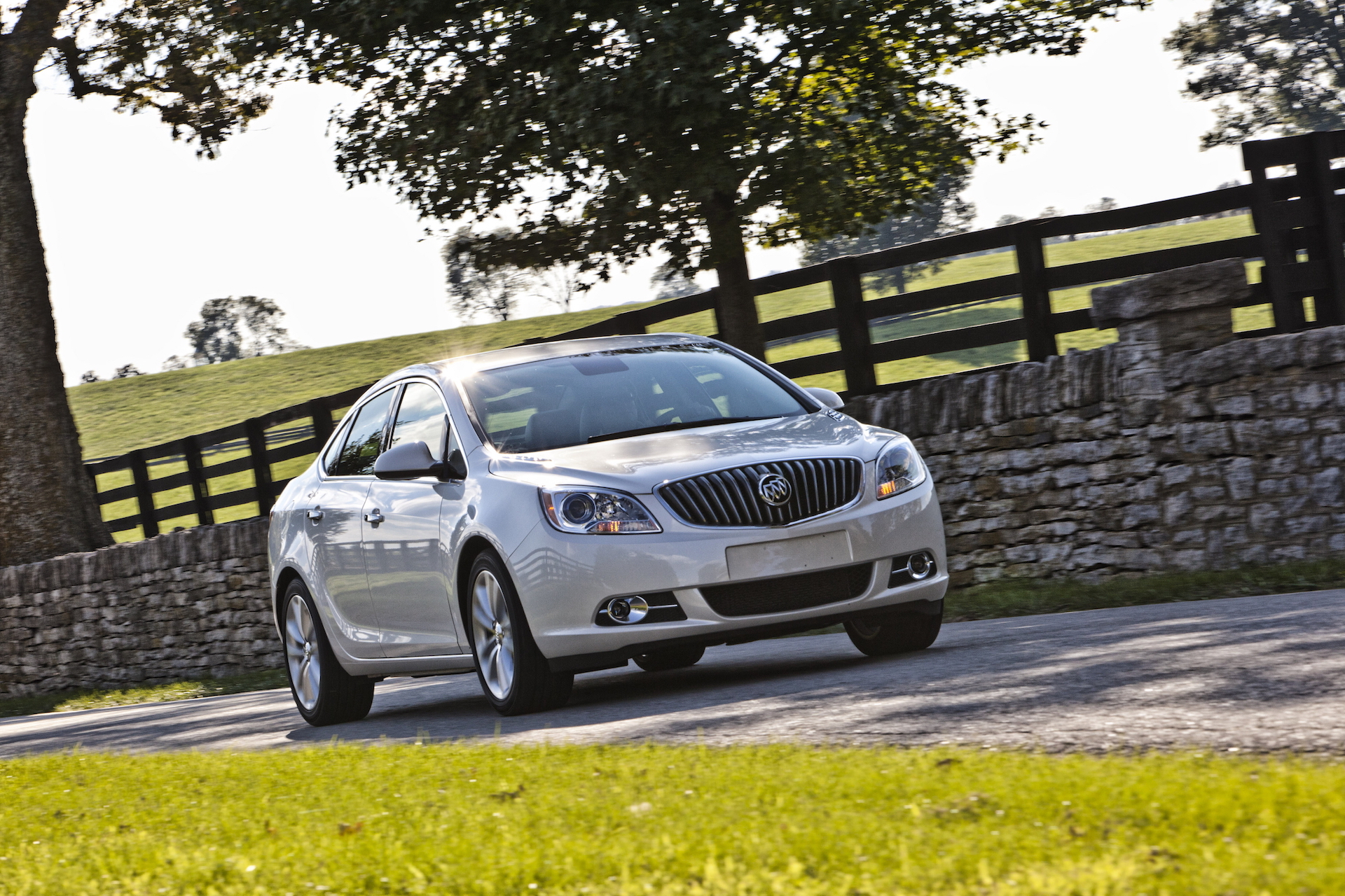 Buick Verano To Die As Yet Another Small Sedan Gives Way To Suvs 2021 Buick Verano Tire Size, Mpg, Gas Mileage