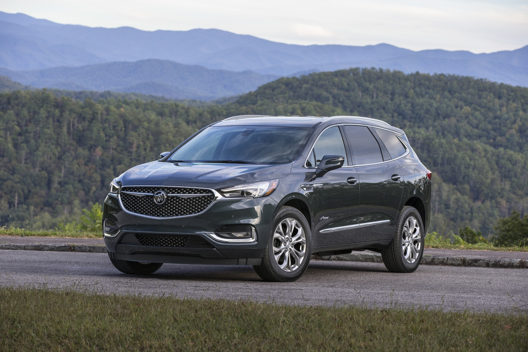 New Buick Discount Cuts Enclave Price13% September 2019 2022 Buick Enclave Awd, Build, Lease