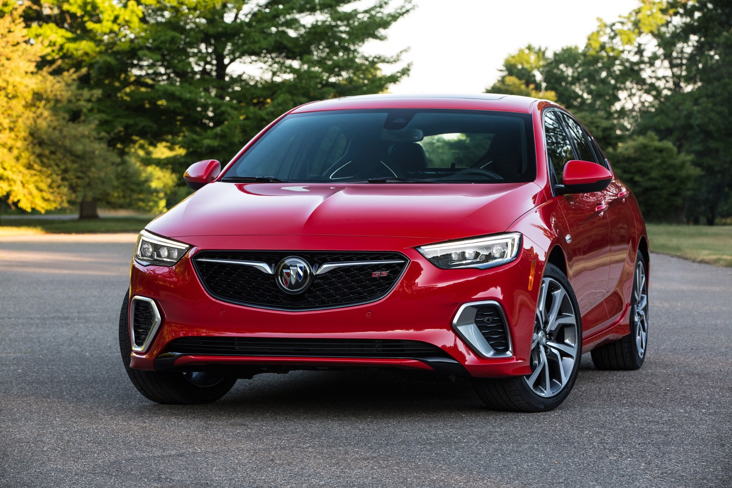 We Have Some Beef With This 2018 Buick Regal Gs Review | Gm New 2022 Buick Regal Msrp, Models, Manual